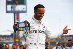 Lewis Hamilton, Mercedes AMG F1 W09, celebrates after winning the race