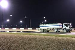 Wet track preparations