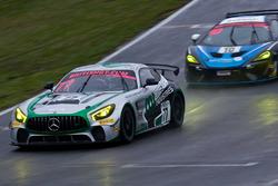#77 Fox Motorsport Mercedes-AMG GT4: Mark Murfitt, Michael Broadhurst