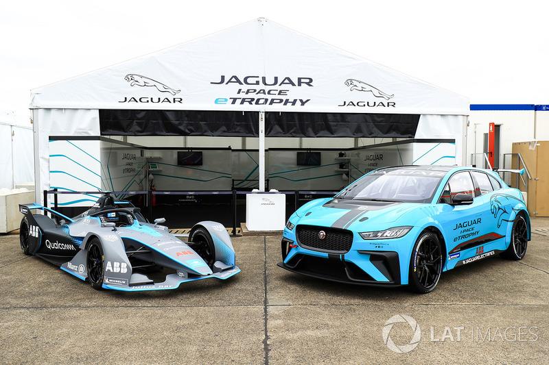 Coche de la Fórmula E Gen2, coche de Jaguar iPace eTrophy