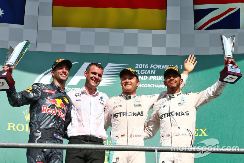 Podyum: Daniel Ricciardo, Red Bull Racing, 2.; Nico Rosberg, Mercedes AMG F1, 1.; Lewis Hamilton, Me
