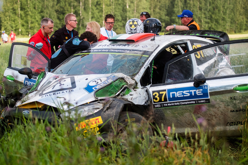 Lorenzo Bertelli, Simone Scattolin, Ford Fiesta WRC after a crash