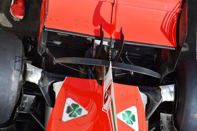 Detalle del alerón trasero del Ferrari SF71H