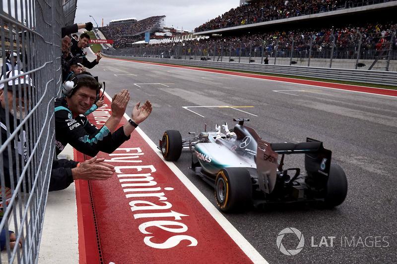 2015 – Остин: Льюис Хэмилтон, Mercedes F1 W06 Hybrid