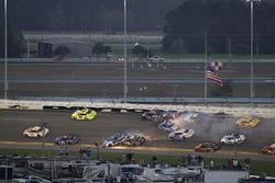 Kyle Larson, Chip Ganassi Racing Chevrolet Camaro, Ricky Stenhouse Jr., Roush Fenway Racing Ford Fusion, Darrell Wallace Jr., Richard Petty Motorsports Ford Fusion