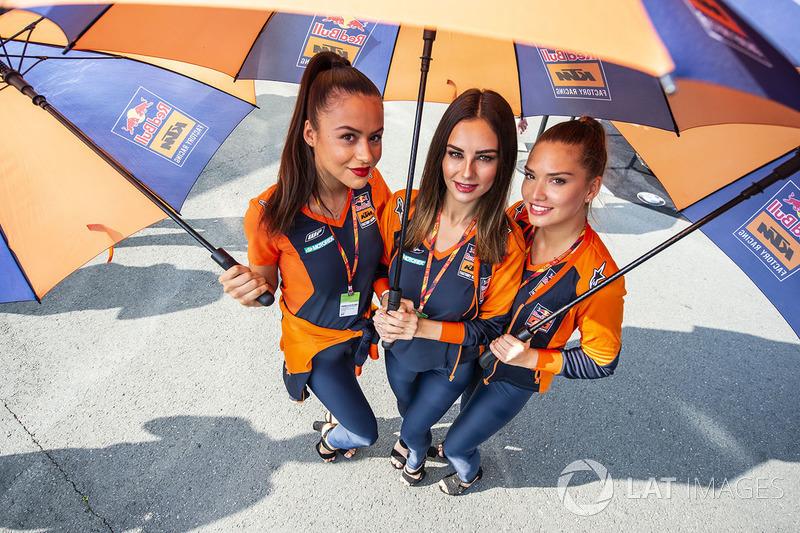 Rajtrácslányok - MotoGP - Német Nagydíj