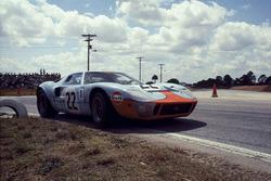 Jacky Ickx, Jackie Oliver, Ford GT40