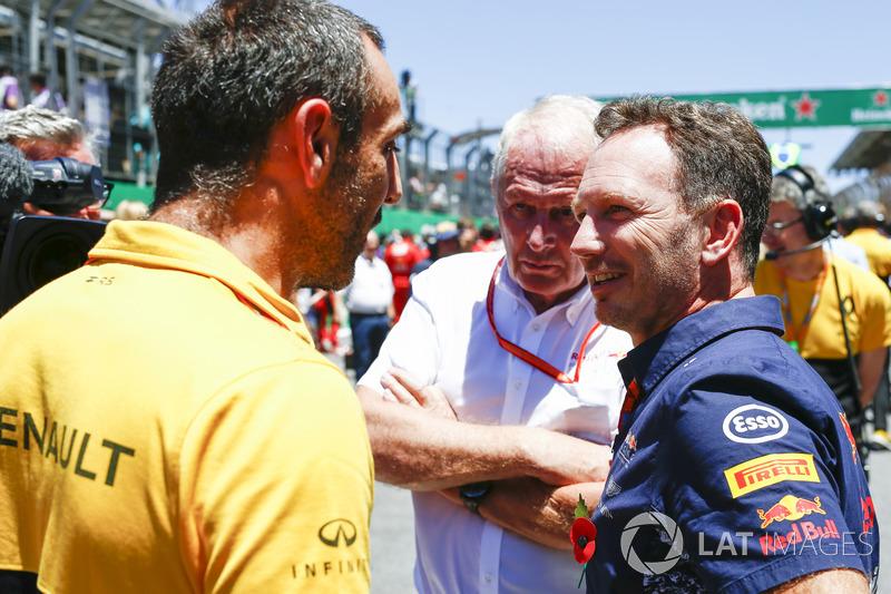 Cyril Abiteboul, Managing Director, Renault Sport F1 Team, Helmut Markko, Consultant, Red Bull Racin