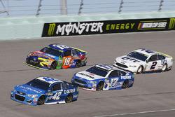 Kyle Larson, Chip Ganassi Racing Chevrolet, Ricky Stenhouse Jr., Roush Fenway Racing Ford, Kyle Busch, Joe Gibbs Racing Toyota, Brad Keselowski, Team Penske Ford