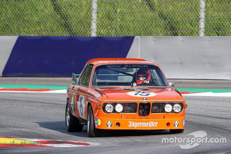 Niki Lauda, BMW 3.6 CSL Alpina, durante la Legends Parade