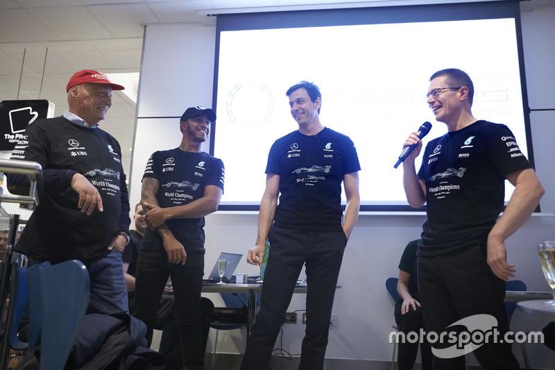 Niki Lauda, voorzitter Mercedes AMG F1, Lewis Hamilton, Mercedes AMG F1, Toto Wolff, directeur Merc