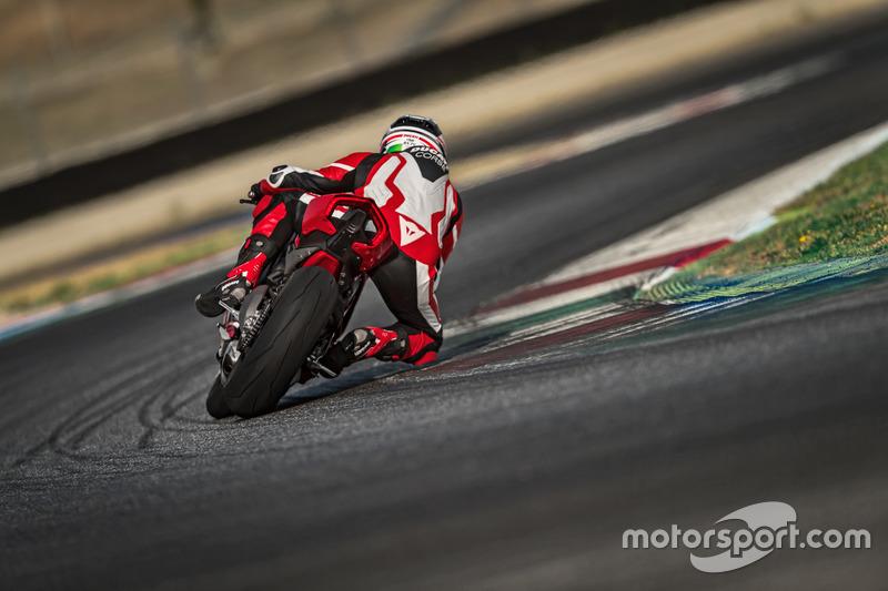 La Ducati Panigale V4 in pista