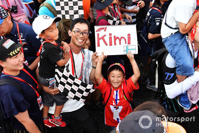 A young Kimi Raikkonen, Ferrari fan