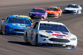 Brad Keselowski, Team Penske, Ford Fusion Miller Lite and Ryan Blaney, Team Penske, Ford Fusion PPG