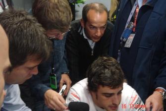 Felipe Motta entrevista Fernando Alonso