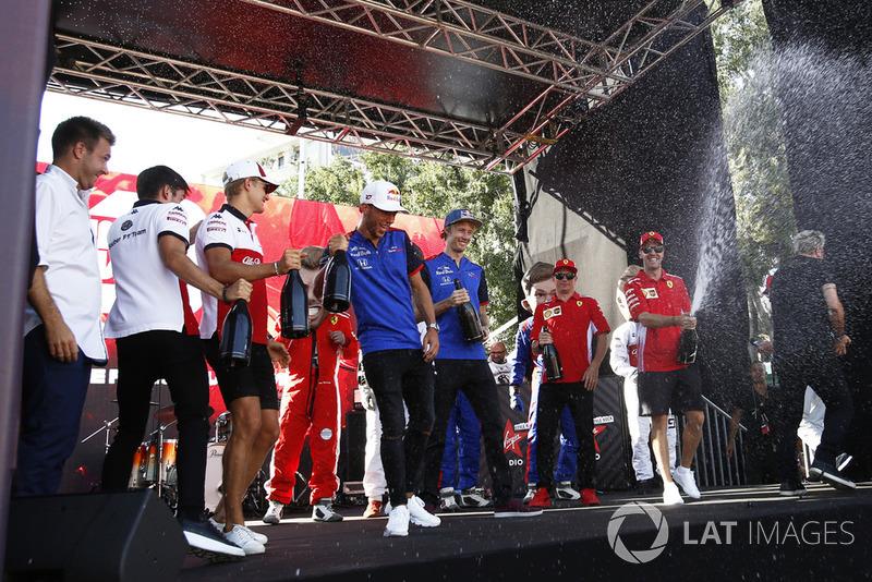 Charles Leclerc, Alfa Romeo Sauber F1 Team, Marcus Ericsson, Alfa Romeo Sauber F1 Team, Pierre Gasly, Scuderia Toro Rosso Toro Rosso, Brendon Hartley, Scuderia Toro Rosso y Sebastian Vettel, Ferrari