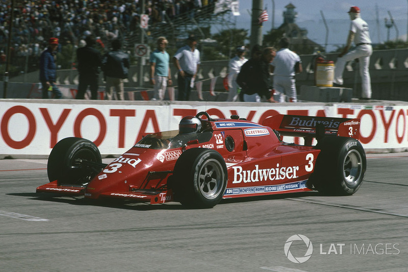 Mario Andretti would win four GPs of Long Beach including here in 1984, the first time it featured Indy cars rather than F1.