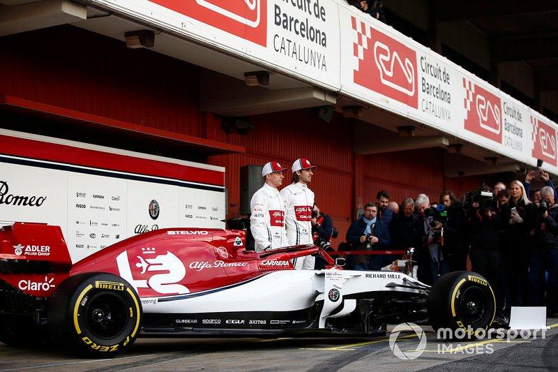 Кімі Райкконен, Alfa Romeo Racing, Антоніо Джовінацці, Alfa Romeo Racing, машина Alfa Romeo Racing C38