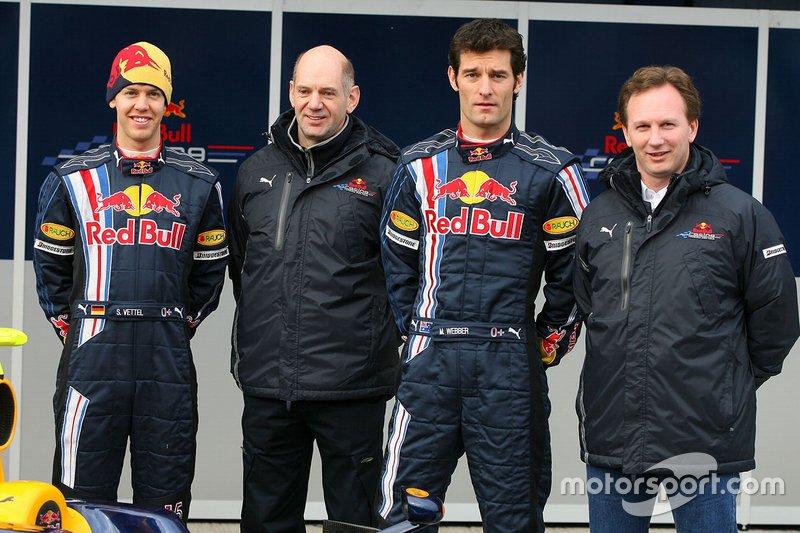 Sebastian Vettel, Red Bull racing, Mark Webber, Red Bull Racing avec Adrian Newey, directeur technique Red Bull Racing et Christian Horner, Red Bull Racing