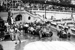 Alberto Ascari, Ferrari 125 pasa el accidente en Tabac