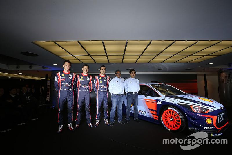 Hayden Paddon, Daniel Sordo, Thierry Neuville, Hyundai Motorsport, Michel Nandan, Hyundai Motorsport director del equipo revelan el Hyundai i20 Coupe WRC 2017