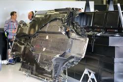 Mercedes-Benz F1 W08  floor