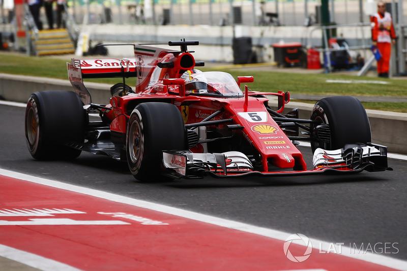 Sebastian Vettel, Ferrari SF70H, kokpit koruma sistemi ile