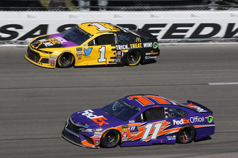 Denny Hamlin, Joe Gibbs Racing, Toyota Camry FedEx Office and Jamie McMurray, Chip Ganassi Racing, Chevrolet Camaro McDonald's Trick. Treat. Win!