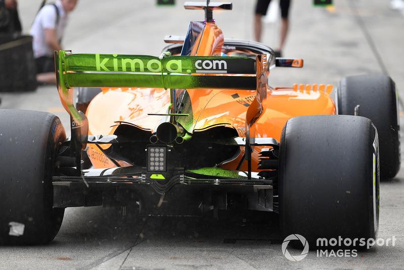 El McLaren MCL33 con parafina en el alerón trasero
