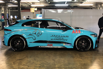 Carmen Jordá, Jaguar I-Pace, Rockingham