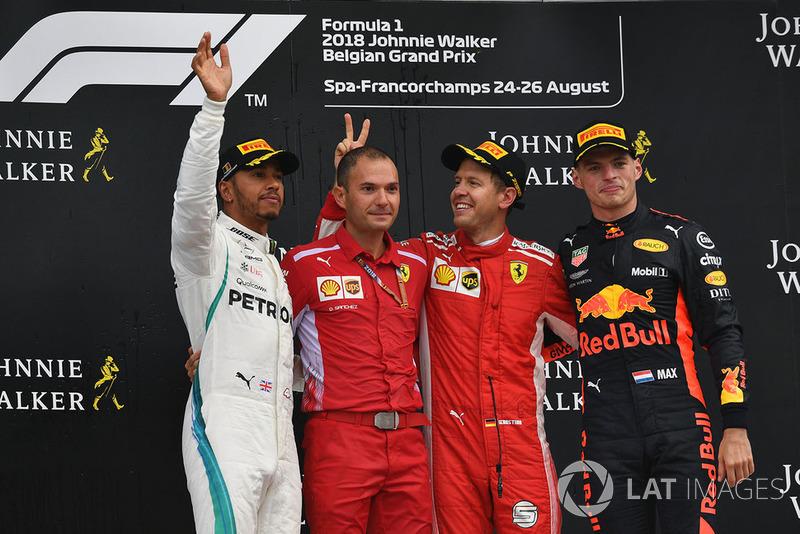 Lewis Hamilton, Mercedes AMG F1, David Sanchez, Ferrari, Sebastian Vettel, Ferrari y Max Verstappen, Red Bull Racing