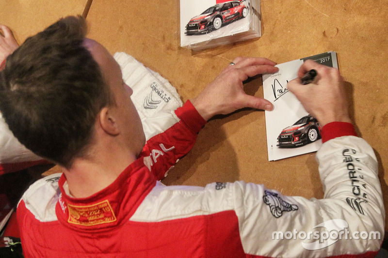 Kris Meeke, Citroën World Rally Team signs autographs for the fans