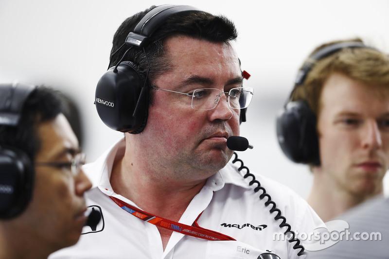 Eric Boullier, Racing Director, McLaren, Oliver Turvey
