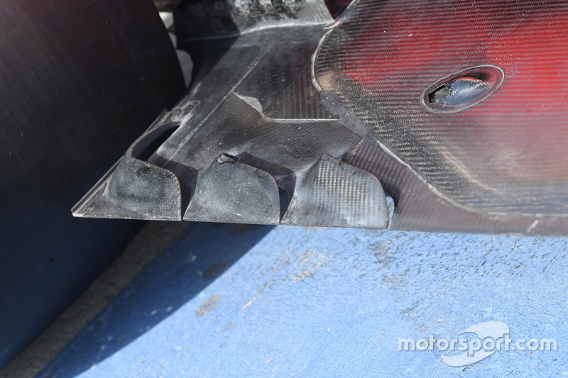Задняя часть днища Ferrari SF70H