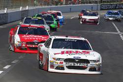 Cole Custer, Stewart-Haas Racing Ford and Ryan Reed, Roush Fenway Racing Ford