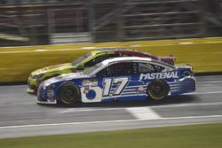 Dale Earnhardt Jr., Hendrick Motorsports Chevrolet, Ricky Stenhouse Jr., Roush Fenway Racing Ford