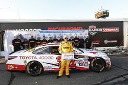 Ganador de la pole Matt Kenseth, Joe Gibbs Racing Toyota