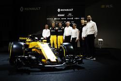 Die Renault-Fahrer 2017 mit der Teamführung, Sponsoren und Partnern