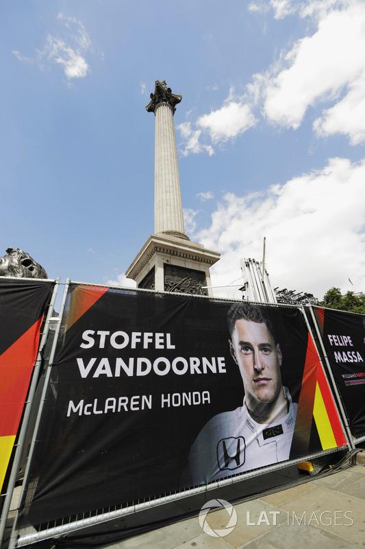 Banners for drivers including Stoffel Vandoorne, McLaren MCL32, around Nelsons Column