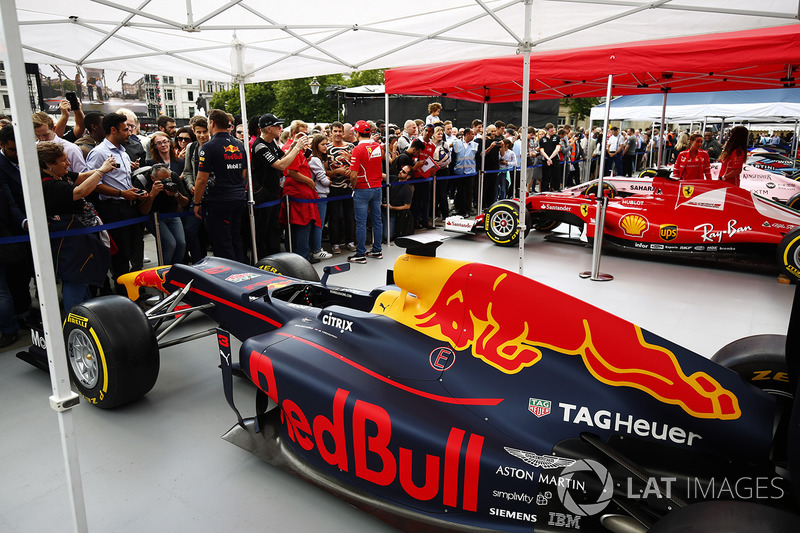 The Red Bull Racing RB13 on the teams stand
