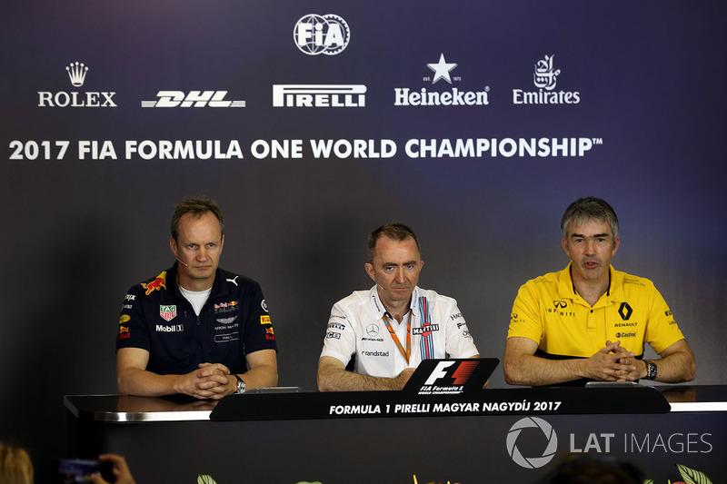 Paul Monaghan, Red Bull Racing RB13 ingeniero jefe, Paddy Lowe, Williams accionista y Director técnico y Nick Chester, Director de técnico de Renault Sport F1 Team RS17
