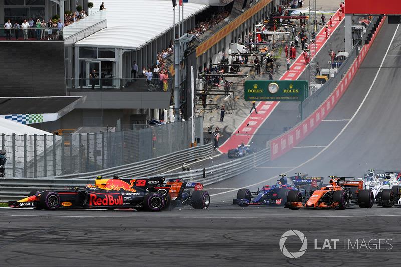 Y Verstappen sumó otro abandono