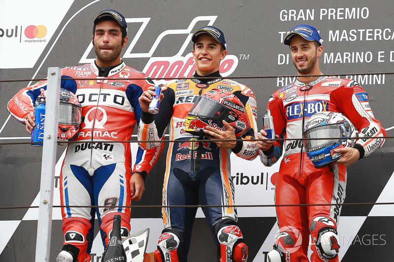 Подіум Мізано у 2017-му: переможець гонки Марк Маркес, Repsol Honda Team, друге місце Даніло Петруччі, Pramac Racing, третє місце Андреа Довіціозо, Ducati Team