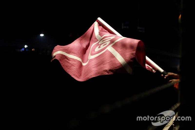 Bandera Code 60