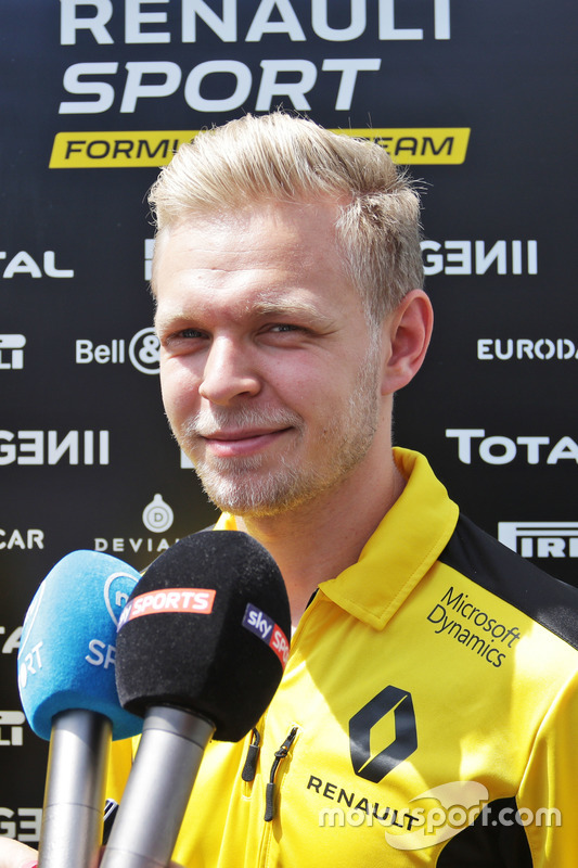 Кевін магнуссен, Renault Sport F1 Team, і ЗМІ