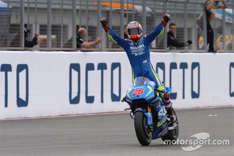 Переможець гонки Маверік Віньялес, Team Suzuki MotoGP
