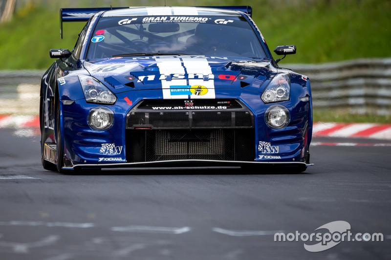 #48 Schulze Motorsport Nissan GT-R: Tobias Schulze, Michael Schulze, Jordan Tresson