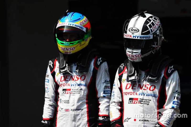 (L to R): Mike Conway with Kamui Kobayashi, Toyota Gazoo Racing