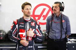 Romain Grosjean, Haas F1 Team ve Guenther Steiner, Takım Patronu, Haas F1