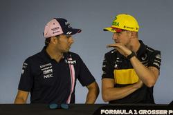 Sergio Perez, Force India et Nico Hulkenberg, Renault Sport F1 Team, en conférence de presse